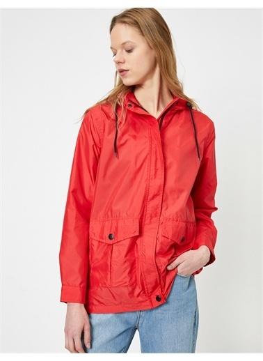 Koton Koton 0Yal58037Ow Kapüsonlu Kadın Yağmurluk Kırmızı